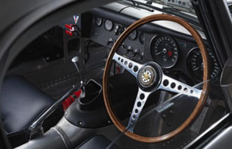 Jaguar shows off new lightweight E-Type